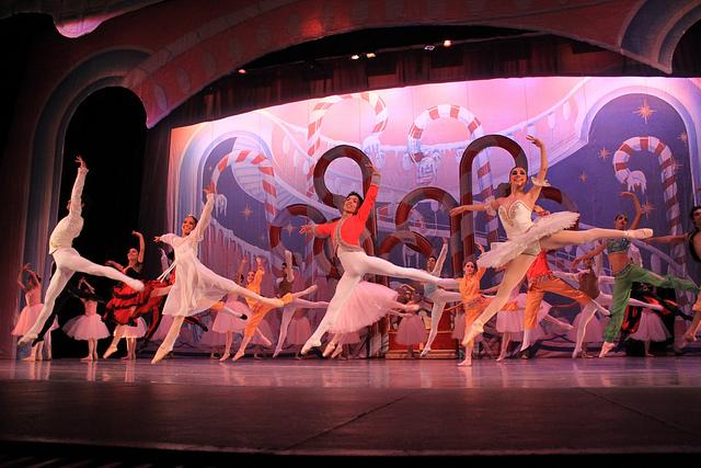25th Anniversary of the Nutcracker ballet by the ESMDM in Monterrey