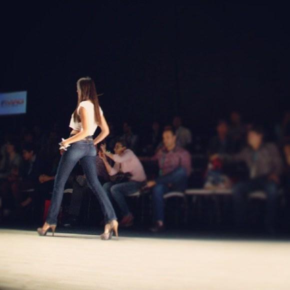 Long leg jeans
