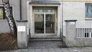 Eingang zum Achtsamkeitszentrum München