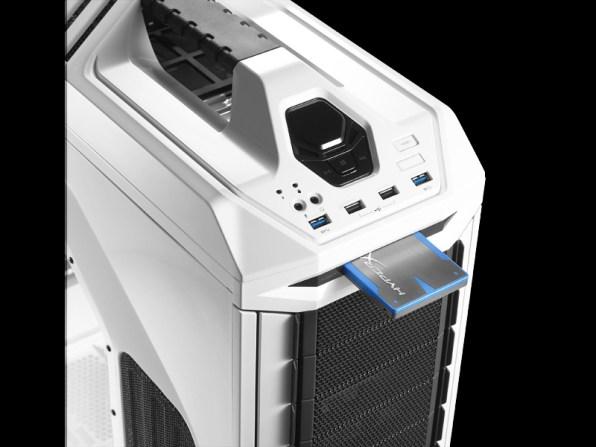 Boîtier PC Gamer CM Storm Stryker - X-dock pour HDD / SDD