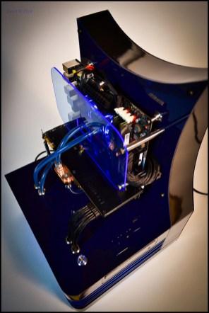 mod-pc-DluXe-black-n-blue-01