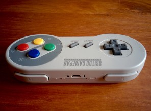 Test 8bitdo SFC30 SNES - manette Bluetooth/USB
