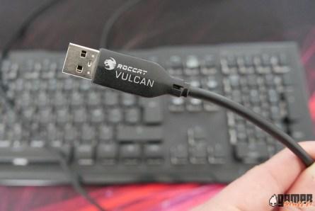 Clavier_gamer_mecanique_Roccat_Vulcan_80_16