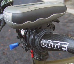 GPS device installed to 31.8mm bicycle handlebar by use of bicycle holder and rubber tubing