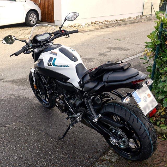 Yamaha MT-07 2017 powder white