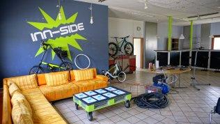 """Crashkurs """"Kleine Fahrradreparaturen im Jugendzentrum Inn-Side in Simbach"""
