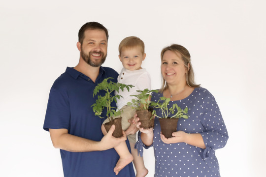 Plant Nutritionist and family