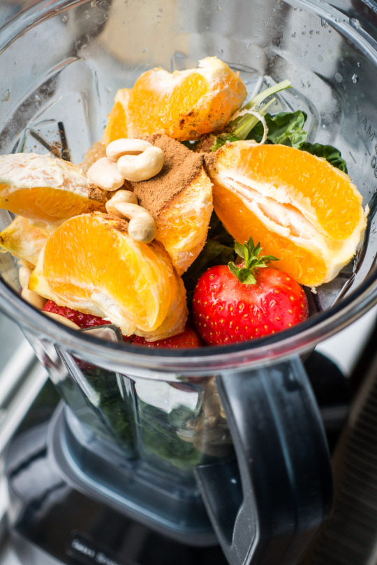 blender with fruit and Veggies