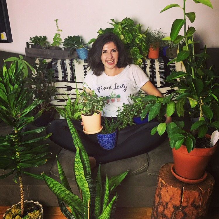 Maria and her plants