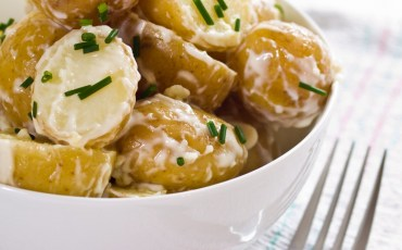 Garlic Potatoes with Herbs