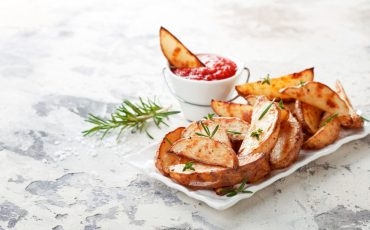 Seasoned potatoes with rosemary