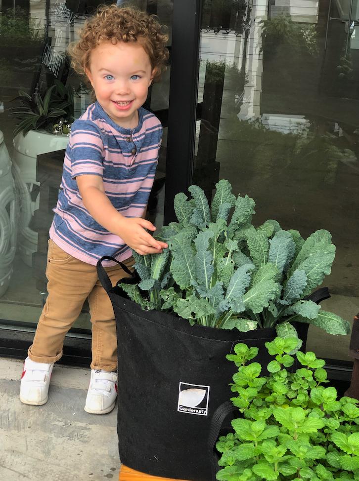 Child Gardening With Gardenuity