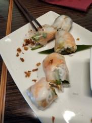 Muc Dong: krevetky z ryžovom paieri