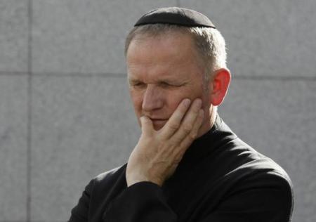 POLAND-JEWS/PRIEST