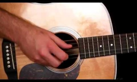 Learn the Travis Picking Fingerstyle Technique – Acoustic Guitar Lesson