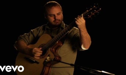 Andy McKee – Everybody Wants To Rule The World