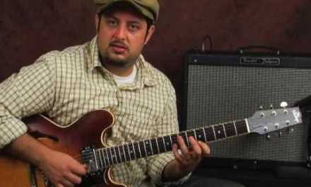 Electric lead guitar lesson practice tips for blues soloing