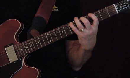Guitar lesson in a minute: F# minor modes and scales