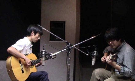 """""""James""""(Pat Metheny)  by an Acoustic Jazz Guitar Duo"""