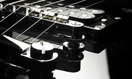 How to Play the Dorian Mode | Heavy Metal Guitar