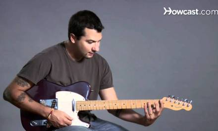 How to Play Barre Chords in E Major | Guitar Lessons