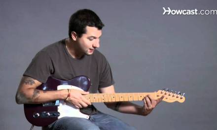How to Play Barre Chords in B Major | Guitar Lessons