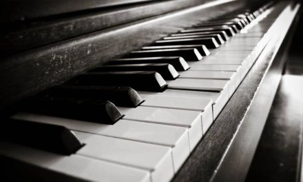 Happy Pop Ballad in G Piano Guitar Backing Track