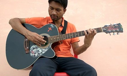 Absolute beginners' guitar class part 18 in hindi (C major scale in guitar )