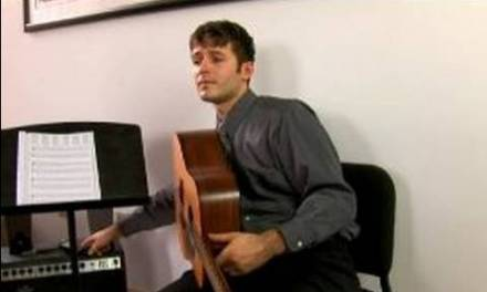 12 Bar Blues Guitar Lessons : Transcribing Music for Blues Guitar