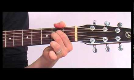 Playing Chords on the Guitar – Beginner Guitar Lesson