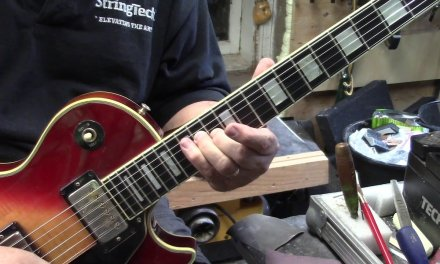 "Fingerpicking "" James Taylor "" on a Les Paul ?!?!"