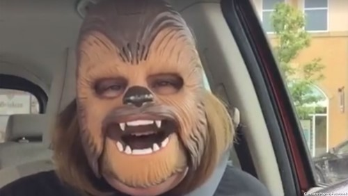 Off Topic Friday: Mom in Star Wars mask breaks the internet