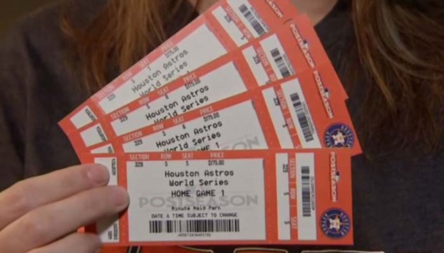 Family tricked into buying fake World Series tickets