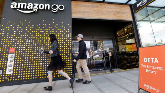 Amazon to unveil new cashier-less store today