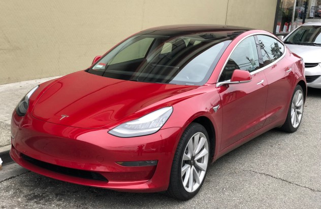 Teslas hacked and more electric vehicle news!