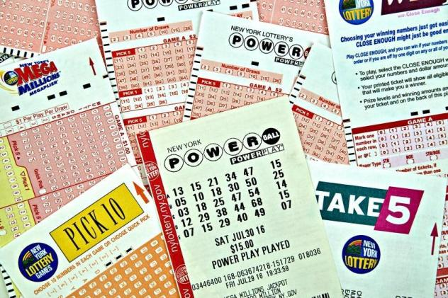 Victim fights back in lottery scam