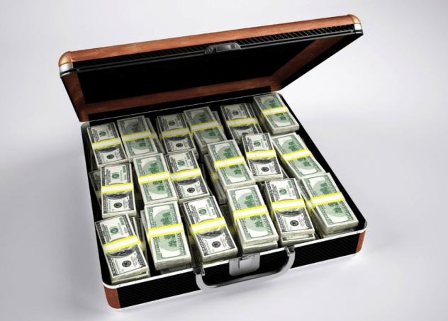 Scammers send man 'suitcase full of cash' in lottery scam