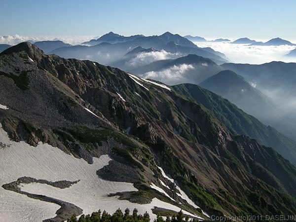 110717北薬師岳と立山、剣岳