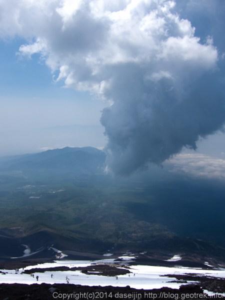 140531富士山、積乱雲