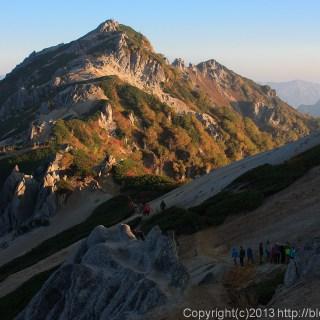 130923槍穂縦走、燕山荘から燕岳