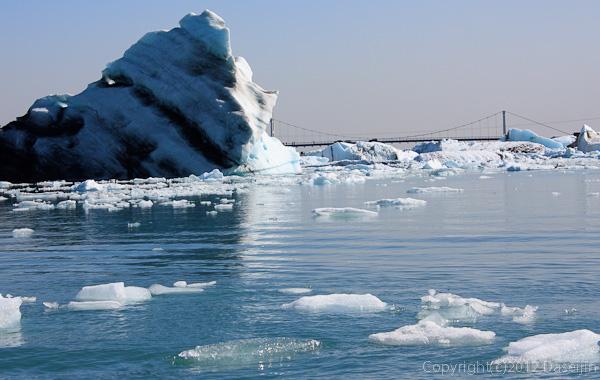 120807アイスランド、グリーンランドの旅・ヨークサゥルロゥン湖の氷山