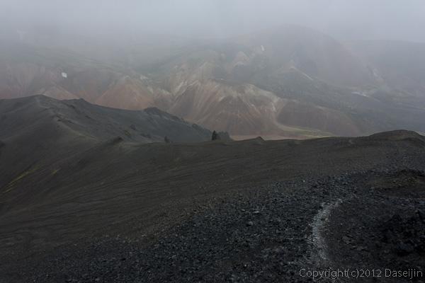 120809アイスランド、グリーンランドの旅・BlahnukuからGroenagil