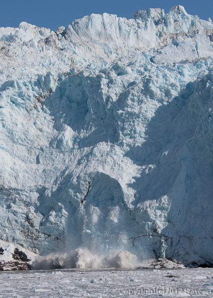 120812アイスランド、グリーンランドの旅・崩落する氷河