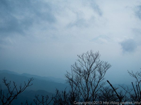 131109茅ヶ岳山頂