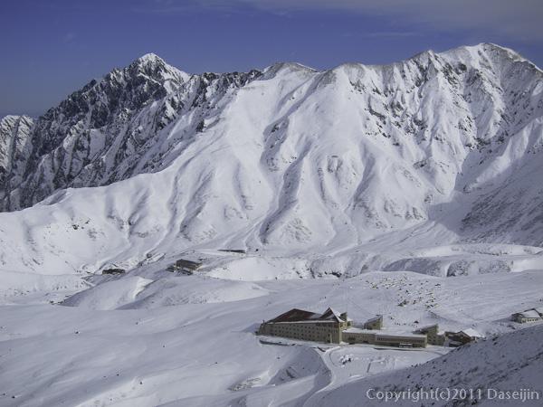 111127立山スキー・室堂ターミナル・剱岳