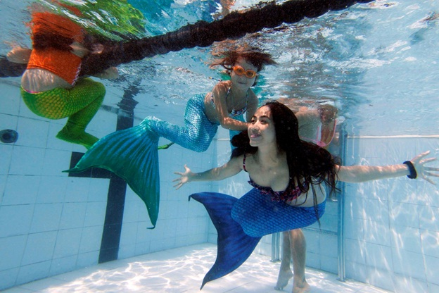 mermaid swimming classes