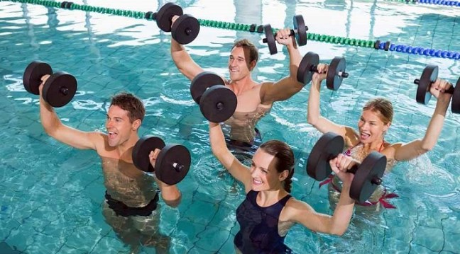 water exercise: swimming benefits for weight loss