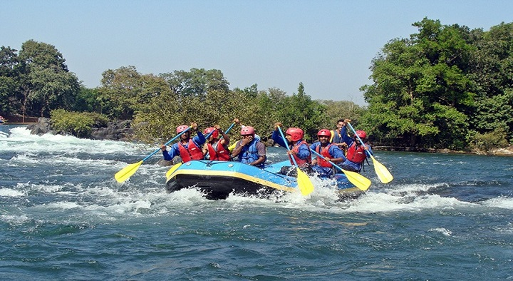 Exceptional rafting in Kundalika river