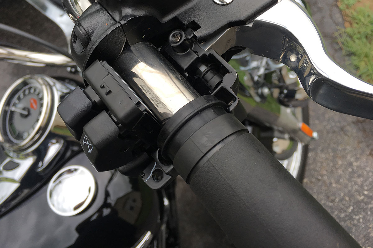 hight resolution of replacing harley davidson grips