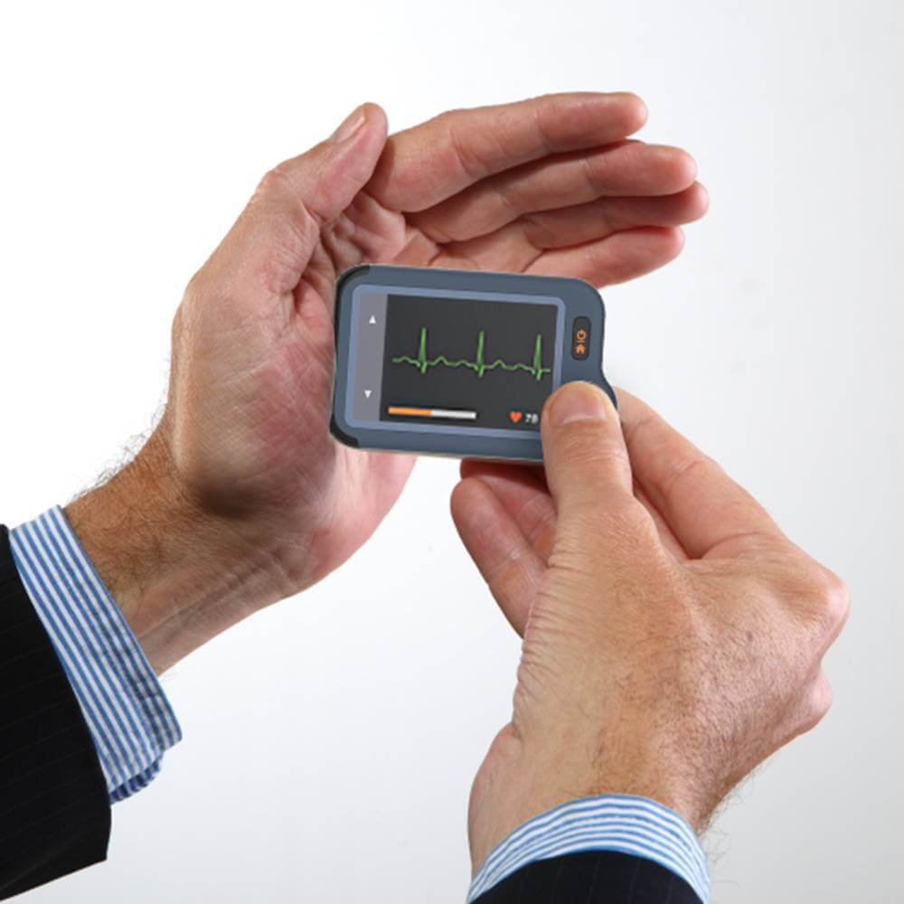 Wellue portable EKG monitor with touch screen--2